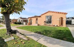 CHARMING  2BR/ 1BA HOUSE FOR RENT