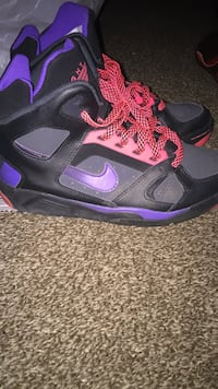 Pair of black-and-purple nike basketball shoes Gloversville, 12078