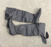 Ming above the knee boots Sz 40 9/10 Calgary, T3K 6C5