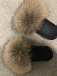 Real fur slides size Mississauga, L5N 4P2