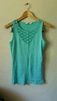 women's teal sleeveless top Edmonton, T5E 5P9