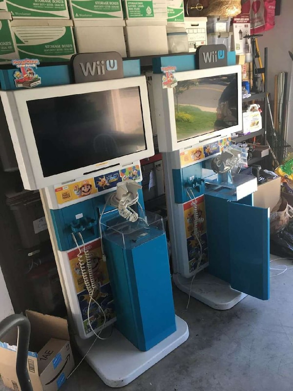 Superb Nintendo Wii U Display Kiosk With Locking Key Inzonedesignstudio Interior Chair Design Inzonedesignstudiocom
