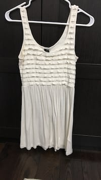 women's white sleeveless dress Oakville, L6L