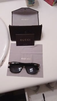 black Ray-Ban Gucci wayfarer sunglasses with case Columbus, 31906