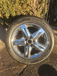 Chrome 5-spoke car wheel with tire for a Lincoln with a brand new 235/50/17tire Rockland, 02370