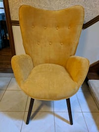 Wing Chair Whitchurch-Stouffville