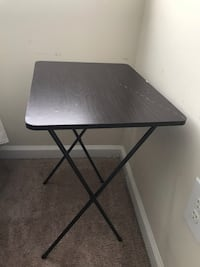 Wooden top metal legs folding table Columbia, 21044