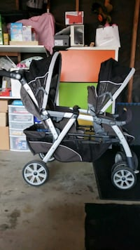baby's black and gray stroller Campbell, 95008