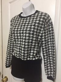Checkered Long Sleeve: Size M Toronto, M1S 2Y8