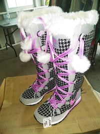 Nike winter boots  Brownsville