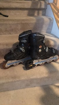 pair of black inline skates Aldie, 20105