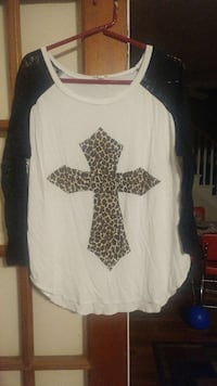 white black and brown cross print long sleeves top Glasgow, 42141