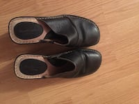 pair of black leather shoes Quebec City, G1M 1N9