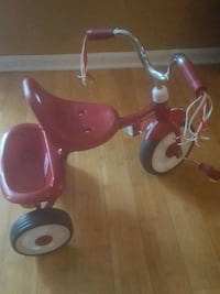 toddler's red and white trike Dumfries, 22026