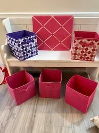 Child's room decor & storage! *Bench NOT included*