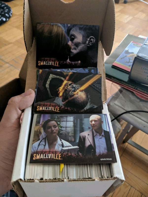 Smallville Trading Cards