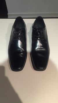 Stacy Adams sized 12 dress shoes. Black.