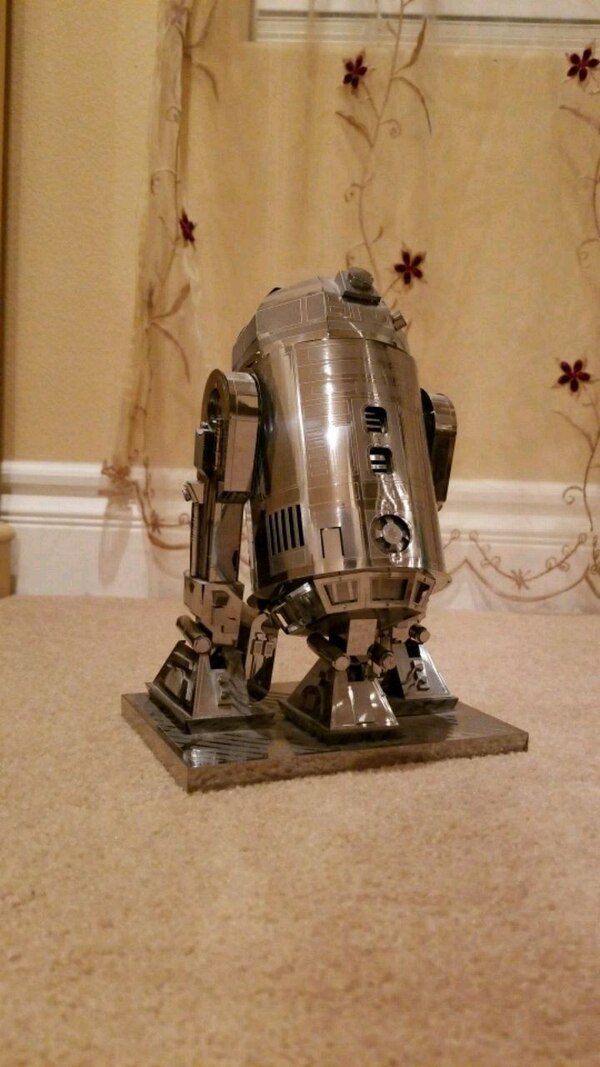 Used Largest R2-D2 Star Wars 3D Model Kit done Assemble for sale in