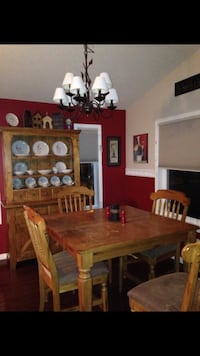Buffet & hutch, table and 6 chairs Spruce Grove, T7X