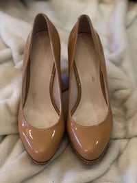 Nude Pumps Mississauga, L5T 1A7