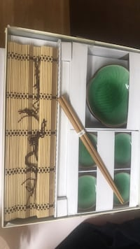 Sushi set green ceramic plates and saucers in box Victor, 14564