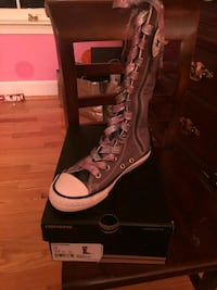 unpaired size 13 gray Converse side-zipped knee-high sneaker with box Washington, 20019