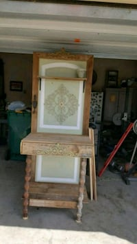 Planter table Pearland, 77581