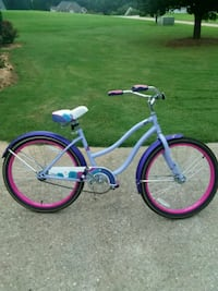 purple and white cruiser bike Pendergrass, 30567