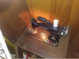 Vintage Premier 100 Deluxe sewing machine