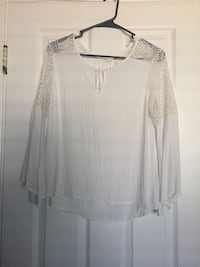 White Dressy Long Sleeve Shirt (size Large) Oxnard, 93033