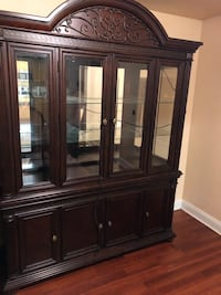 Big china drawer and dining room table