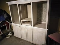 white wooden cabinet with mirror Bakersfield, 93308