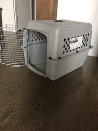 Dog kennel pet crate - good for sm/medium dogs up to 40lb Chicago, 60608