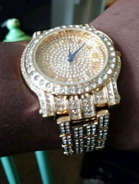 Bling golden diamond wrist watch  Hyattsville, 20783