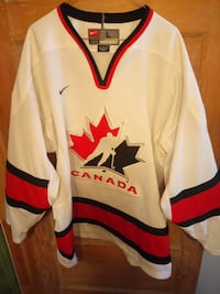TEAM CANADA home hockey jersey  Toronto, M6P 2X8