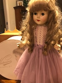Pretty Vintage Doll with long curls Gainesville, 20155