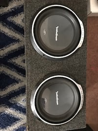 Two black rockford fosgate subwoofers with enclosure Owensboro