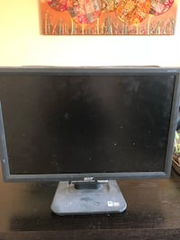 Computer monitor price is negotiable  Edmonton, T6T 0B3