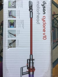 New Dyson Cyclone V10 MH R Vacuum Cleaner (Refurbished) Mississauga, L5R 1P6
