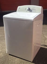 White top-load clothes washer Virginia Beach, 23456