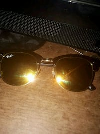 black framed Ray Ban sunglasses Oshawa, L1J 6C3