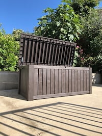 Outdoor Deck Storage Bench Los Angeles, 90042