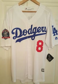 New Large Dodgers, I'm in Sherman oaks  California, 91423