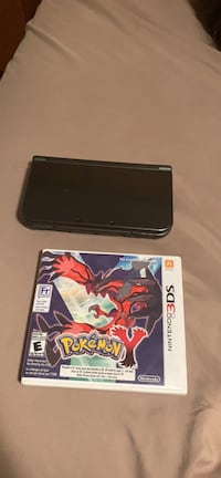 Black nintendo 3ds xl with box 3120 km