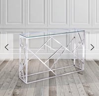 Glass console/accent table Mississauga, L5V