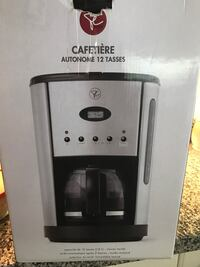 Coffee maker West Vancouver, V7T 2Y1