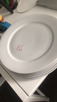 Dinner plates , 6 available  $10 New   Brampton, L7A 0K2