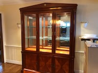 Ethan Allen Medallion Collection Large Cherry Breakfront China Cabinet Chicago, 60646