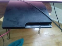 Ps3 slim 120 gb 2 controllers Chicago, 60621