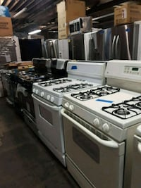 Stoves different prices excellent condition workin Baltimore, 21223